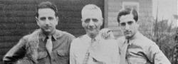 1946. Kanton, Ohio. George und Helias Doundoulakis wiedervereinigt mit Theo (Onkel) Manoli.
