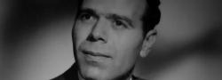 1960. John Androulakis. Er wurde ein Britischer Soldat und wurde von der SOE trainiert. Gefangen genommen von der Gestapo 1945 auf Kreta. Er wurde nach der Zahlung seines Lösegelds von den kretischen Partisanen freigelassen. Er emigrierte in die Vereinigten Staaten und studierte Marine Ingenieurwesen