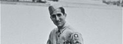1945. Der Autor in Washington DC, während er Wachmann im OSS Hauptquartier ist.